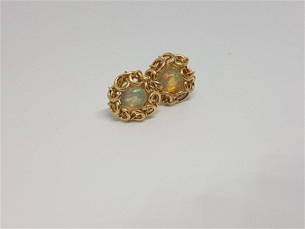 Cercei stud, cercei cu opal etiopian , cercei din aur filat