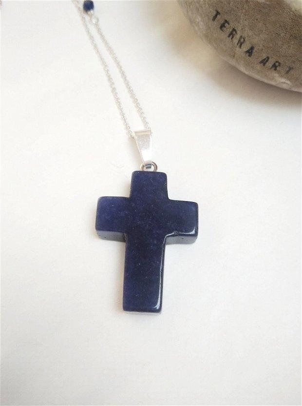 Colier cu pandantiv cruciuliță Lapis lazuli