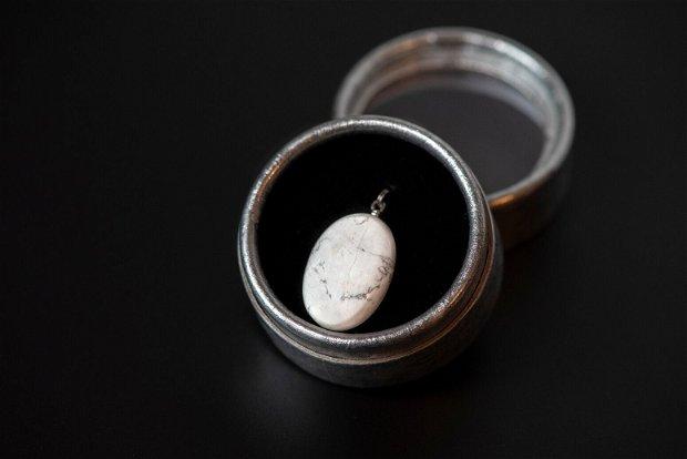 Pandantiv calcedonie/agat dantelat oval 21x15x4mm