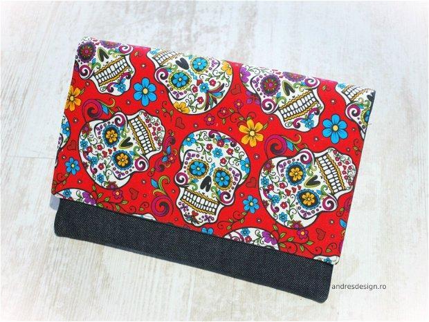 Geanta Laptop  Imprimeu Etno Flori si Cranii