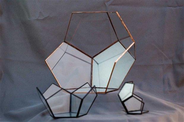 Semi-dodecaedru, vas terariu handmade din sticlă, geometric