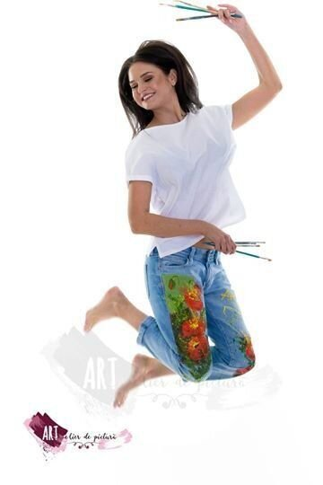 Jeansi pictati manual UPcycled ARTistic - colectia Freedom, Splashy Poppies - La Comanda