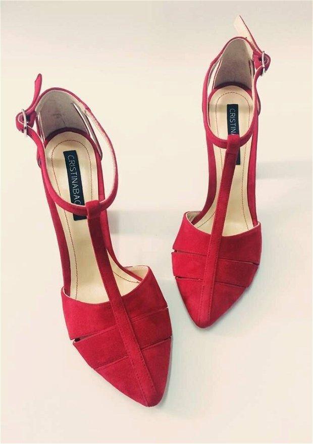 Pantofi Sarah, rosu, piele intoarsa