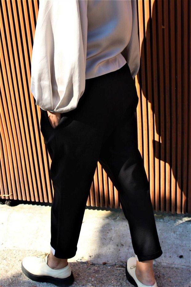 Pantaloni POP (negri cu mansete gri)