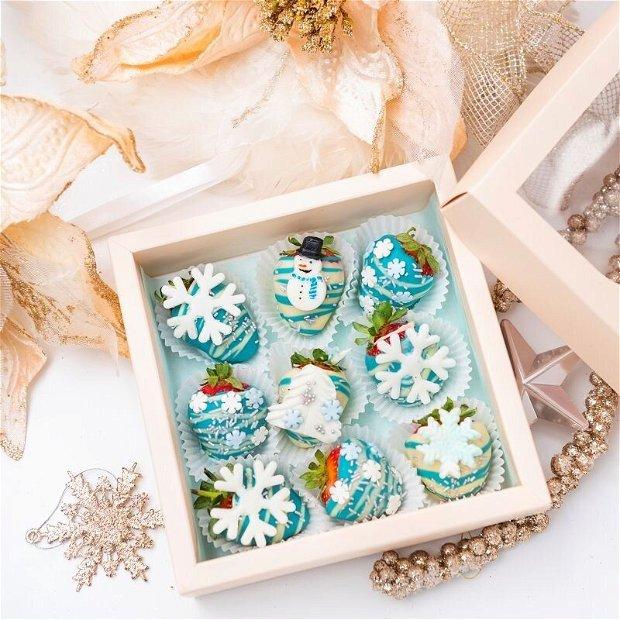 Cutie Căpșuni în ciocolată Crăciun Argintiu
