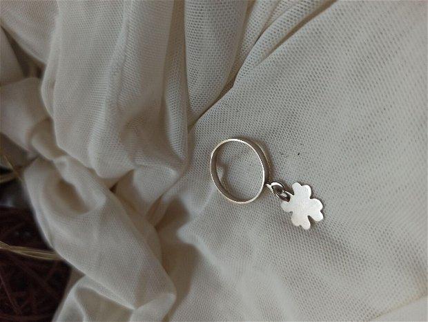 Clover inel   Argint