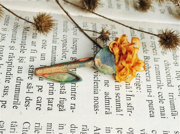 brosa floare martisor