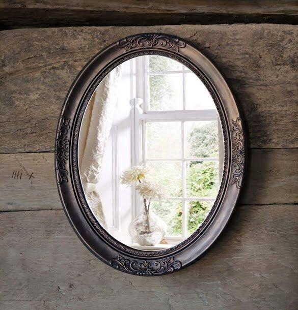 Oglinda ovala de perete-aspect cupru