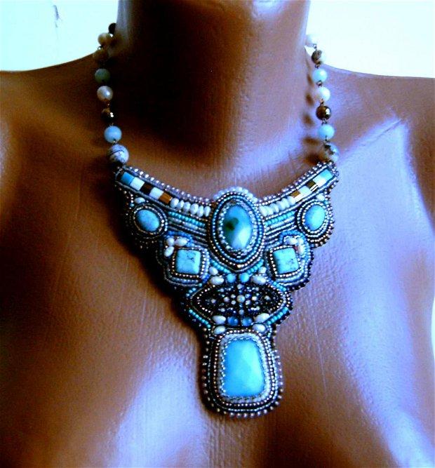 Turquoise in bronz / colier unic, vintage, broderie manuala, bijuterii pe viata