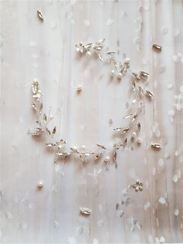 "Coronita mireasa ""Mara"" cu cristale si perle naturale"
