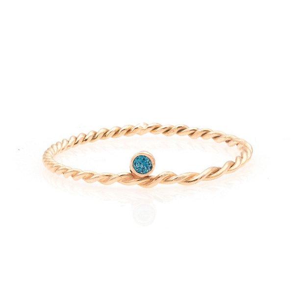 Inel aur cu diamant albastru