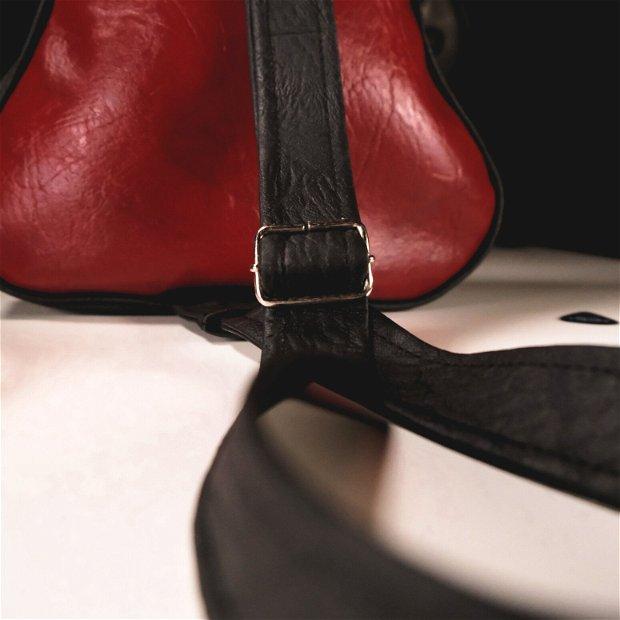 Rucsac geanta chitara din piele vegana