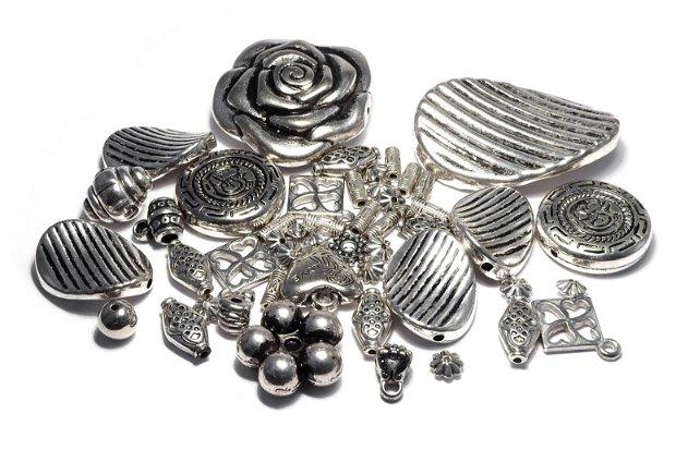 Margele din acril, metalizate, mixte