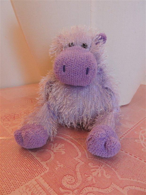 hipopotamul mov cel vesel tricotat manual