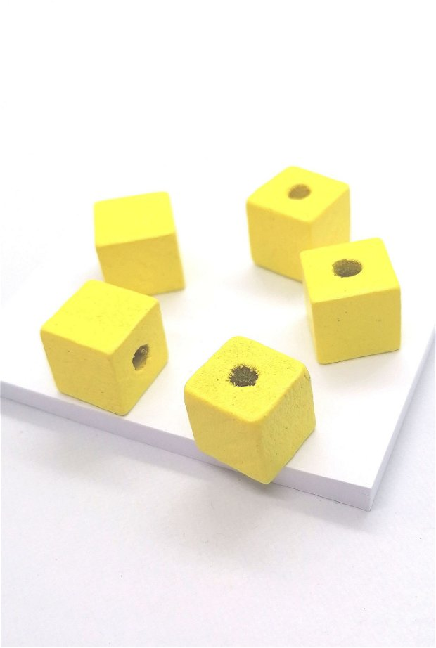Margele cub lemn vopsit 14mm * galben