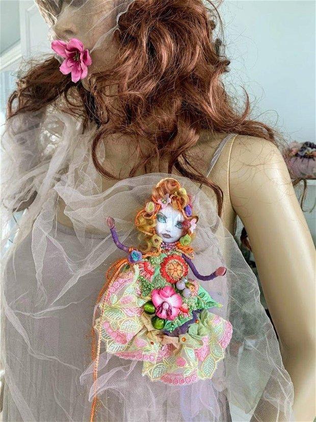 Brosa boema Doll Love