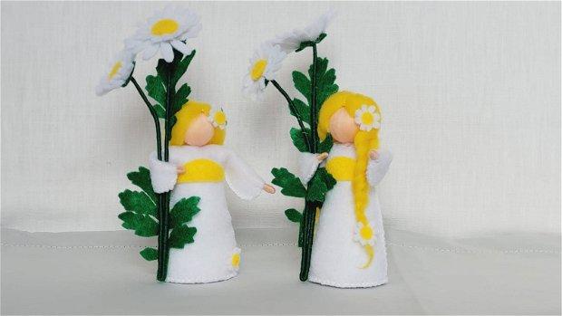 Copila Margareta, figurina handmade din fetru, inspirata din pedagogia Waldorf.