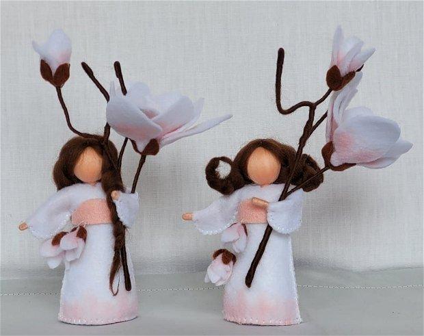 Copila Magnolie, figurină handmade din fetru, inspirată din pedagogia Waldorf