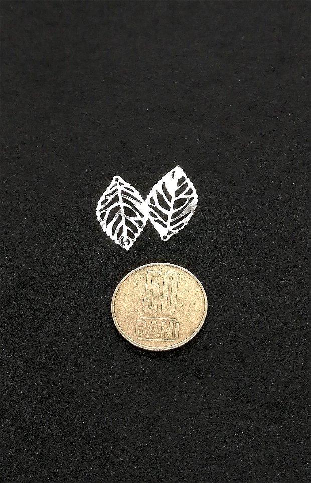 Baza cabochon/ Pandantiv filigran * argintiu lucios * frunza 24mm
