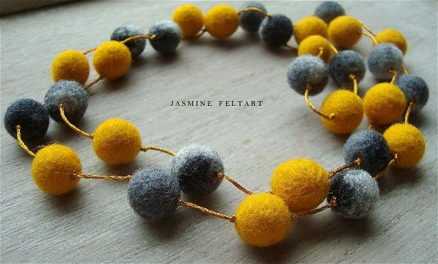 Colier Gray and Yellow