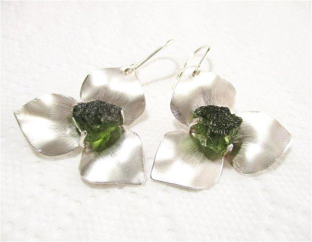 """Cercei argint si moldavit brut """"Flori cu trei petale"""""""