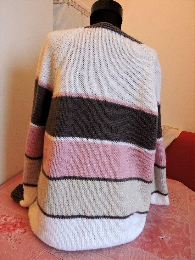 jerseu gri roz alb tricotat manual unicat