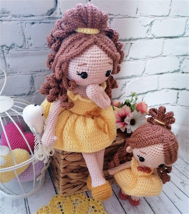 Belle mare papusa crosetata amigurumi jucarie handmade