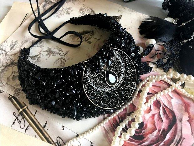 Colier elegant cu accesoriu vintage