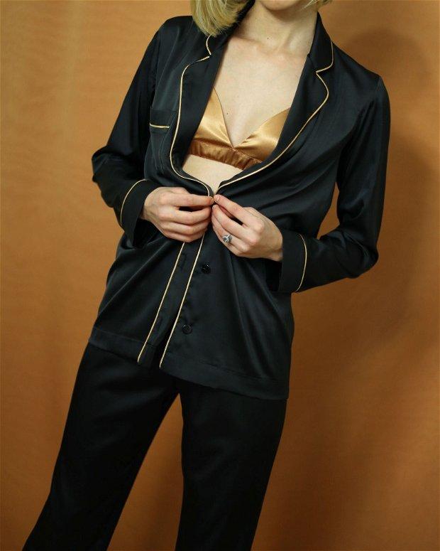Pijama neagra, lungă, de damă,din satin mătăsos -personalizabilă