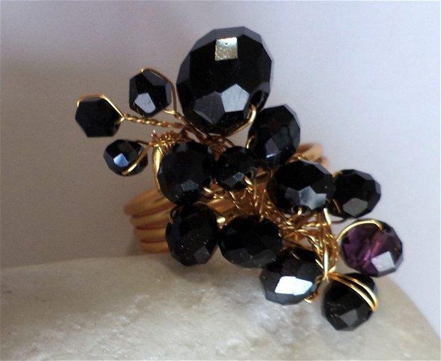 Inel handmade din sarma cu cristale fatetate