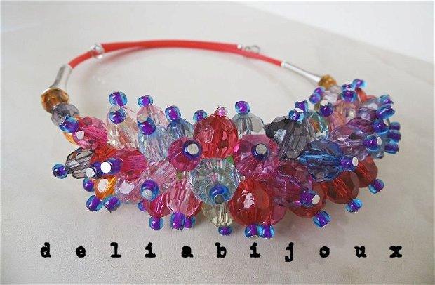 Colier multicolor margele plastic