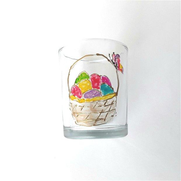 Suport pentru lumânare pictat cu ouă colorate