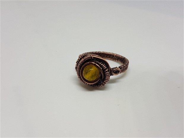 Inel din cupru , Inel cu jad galben , inel handmade.