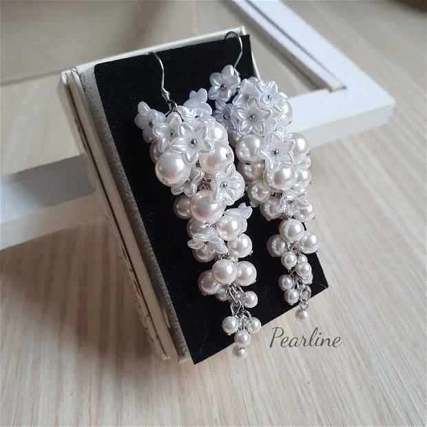 Cercei lungi mireasa cu flori tip struguri cu perle Swarovski