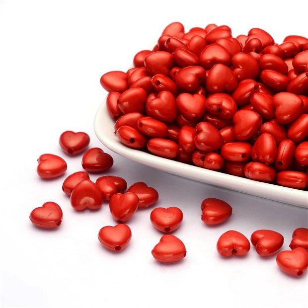 Margele rosii in forma de inima