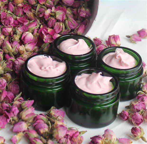 Crema cu tamaie si trandafiri- antirid, hidratanta , reparatoare, iluminatoare