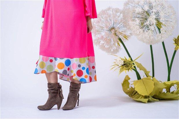 Rochie roz, buline colorate , croșet interesant