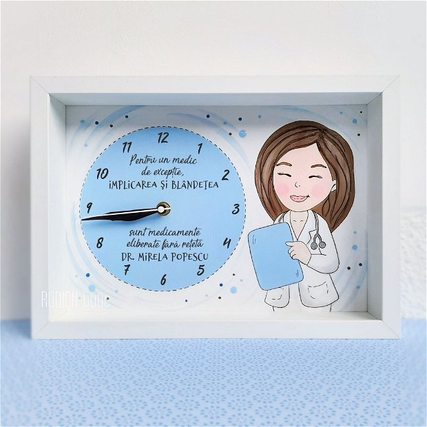 Ceas personalizat handmade pictat manual medic