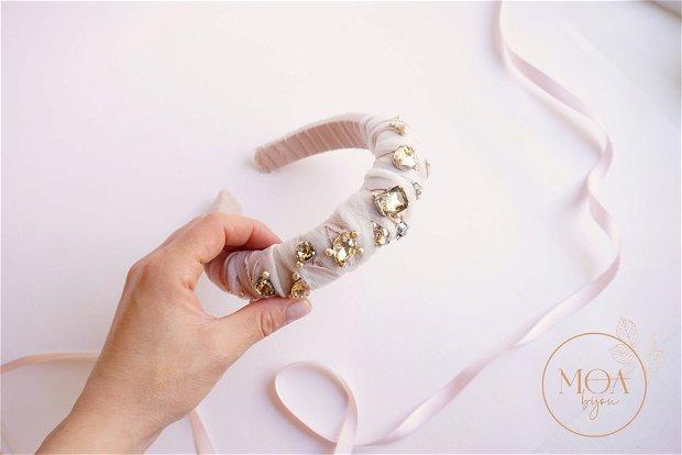 Cordeluta nude cu cristale si perle