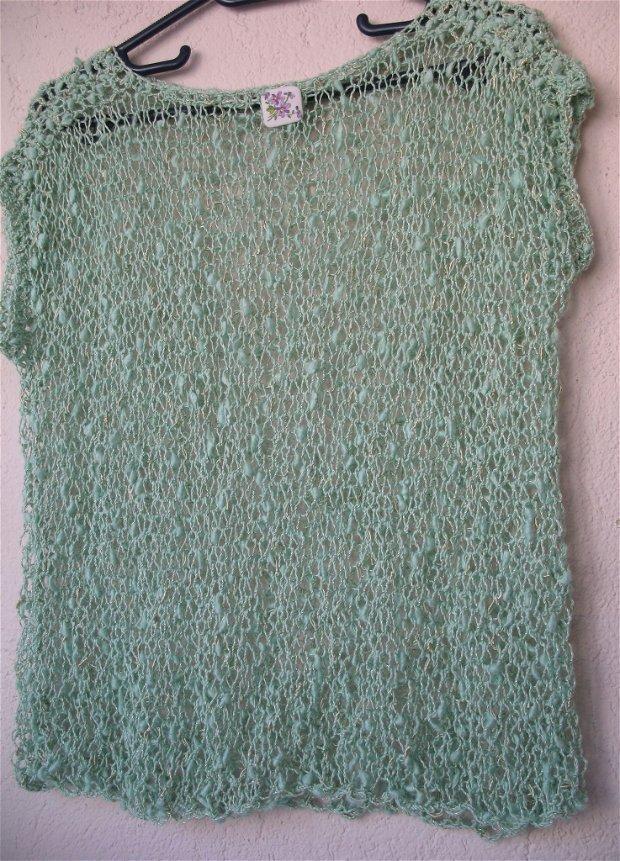 Top tricotat REZERVAT A.I.