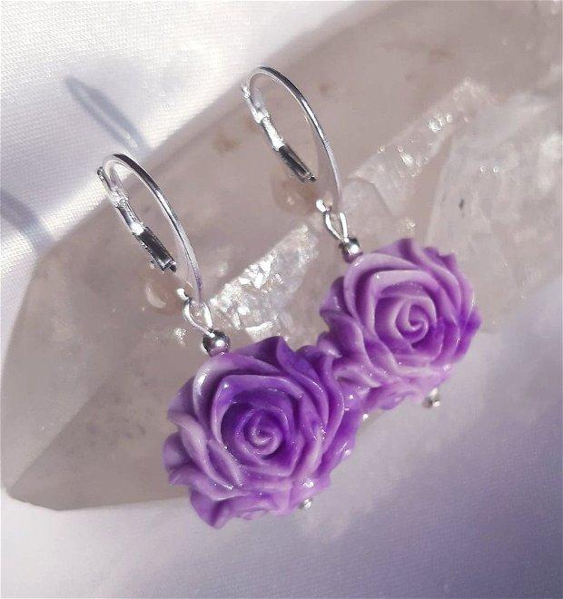 Purple Roses - Tridacne Shell