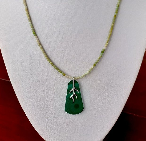 Malachit natural si opal verde