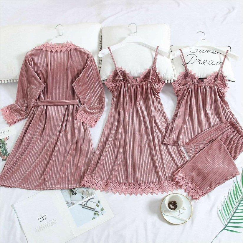 Pijamale catifea /set 4 piese