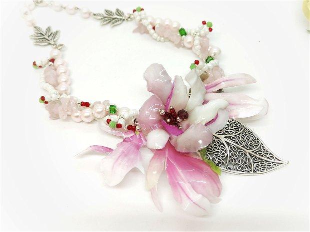 Colier multisir cu magnolii