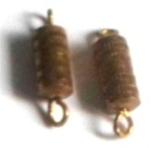 Inchizatoare cu filet auriu
