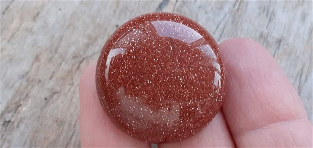 Cabochon goldstone (piatra soarelui) 30 mm