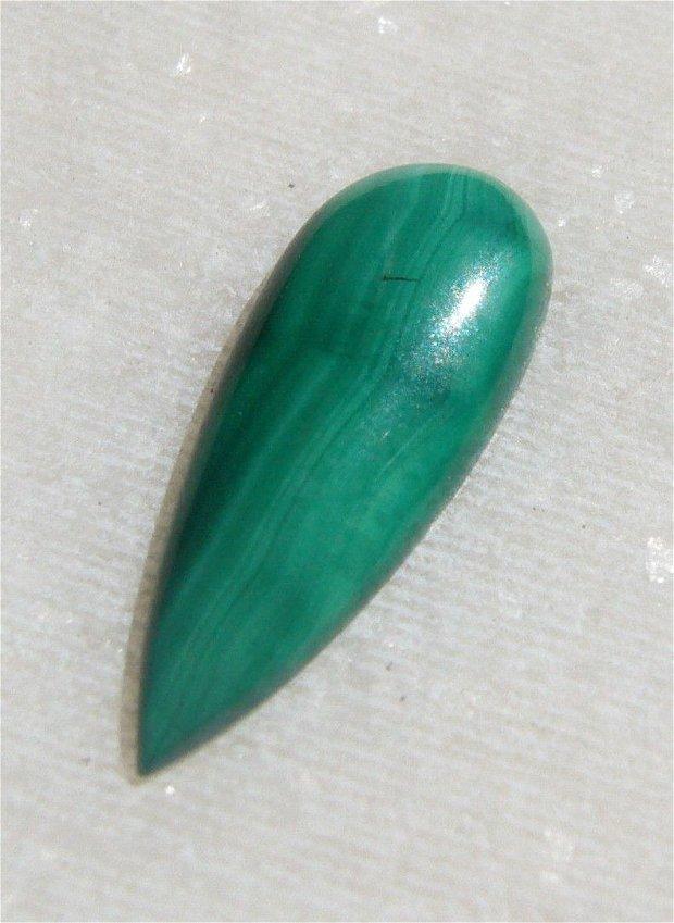 Cabochon malachit natural aprox 18.5x7x3 mm