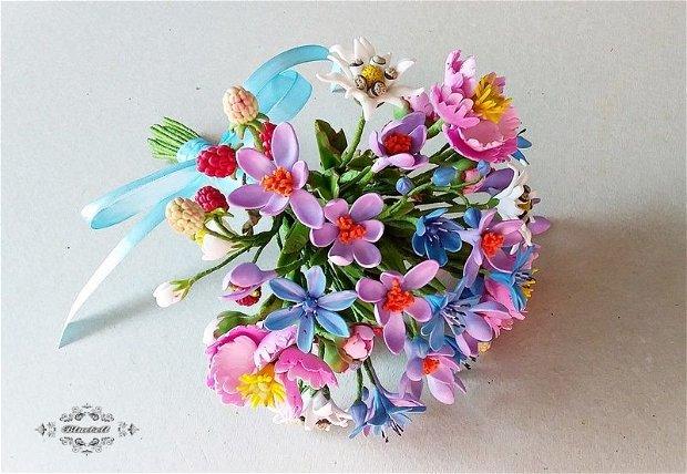 Buchet de flori montane
