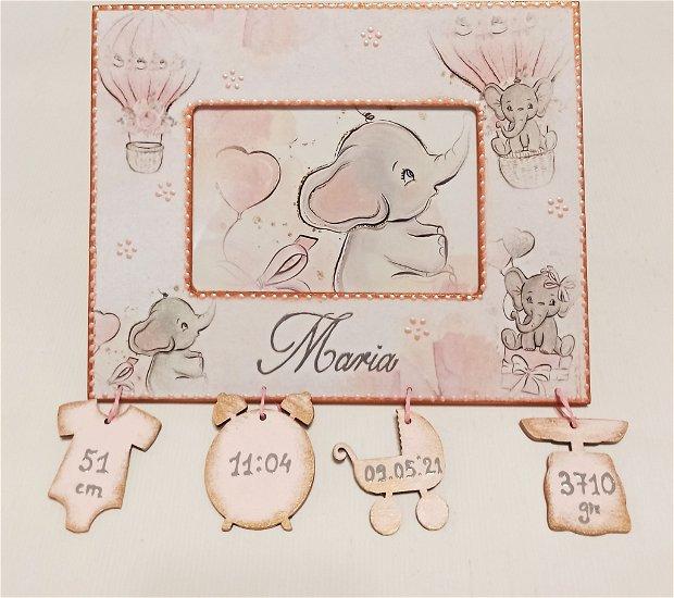 Rama foto personalizata cu datele de la nastere, pentru fete, cu tema Elefantei