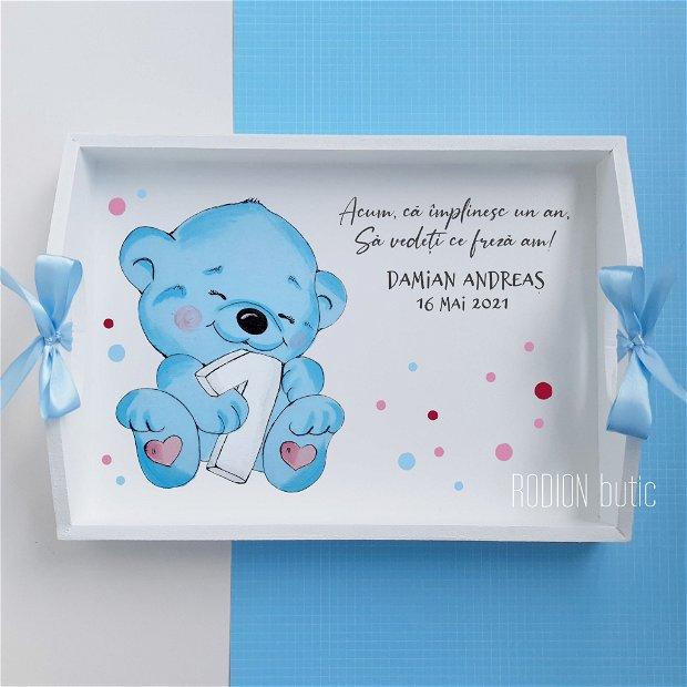 Tava taierea motului ursulet pictata manual personalizata